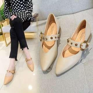 Size 39 light brown shoes