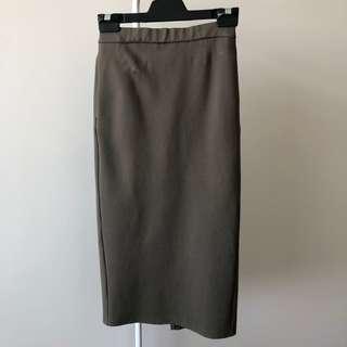 GU Khaki Skirt With Elastic Waist (Size S, Fits 6 to 8)