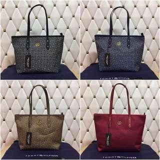 Tommy Hilfiger Tote with Zipper