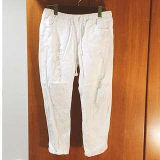 🚚 休閒抓破白色男友褲 #十月女裝半價