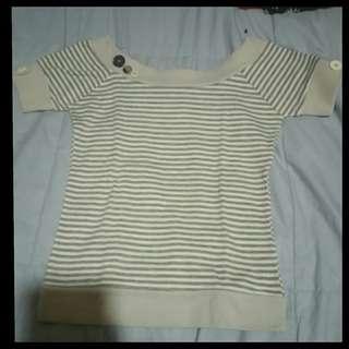 Gray stripes top
