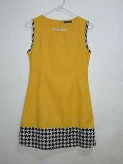Apostrophe Mustard Yellow Retro/Mod Dress