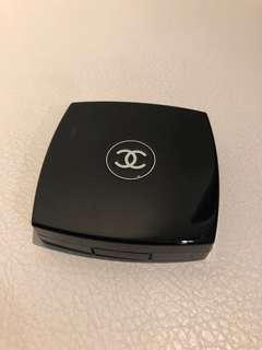 Chanel Radiance Powder Compact