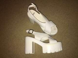 Novo Platform Heels Size 37