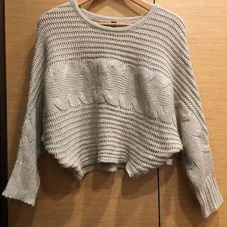 🚚 短版麻花捲毛衣上衣