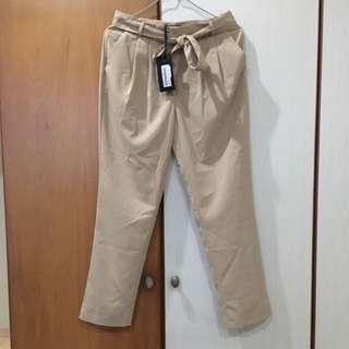 (BNWT) IORA Paperbag / Tie-waist pants in Beige