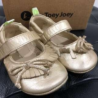 Preloved Tip Toey Joey Candy Fine Gold shoes