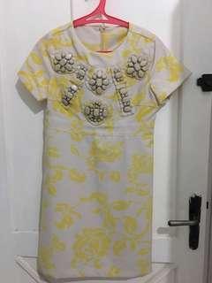 Preloved yellow dress