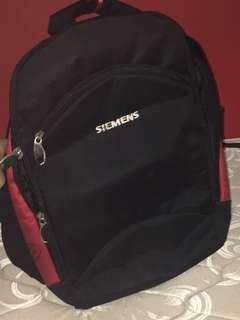 Heavy duty carry baggage back bag