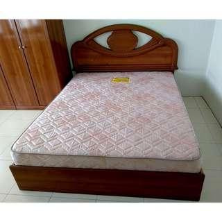 Cash & Carry in Taiping, Perak - Queen Bed & Mattress