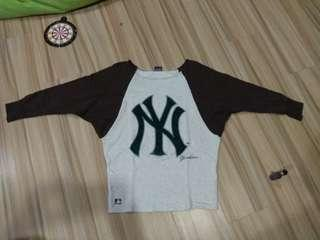 New York Yankees thin sweatshirt unique design