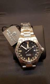 Steinhart GMT Vintage 42mm! Latest with tapered link!