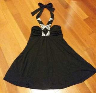 🦄cocktail bling 👑 彈性黑閃石掛頸連身裙