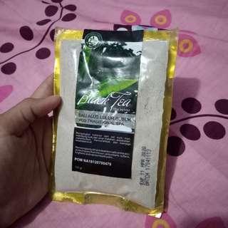 Masker scrub black tea