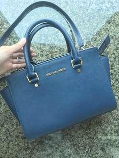 Michael kors selma bag handbag