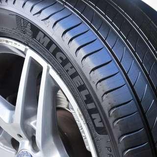 215/55R17 Michelin Primacy 4