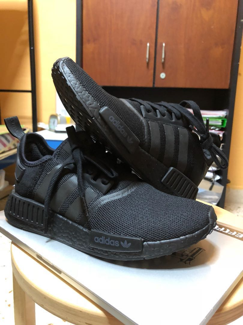 finest selection 2bb96 61ccc Adidas NMD R1 Triple black