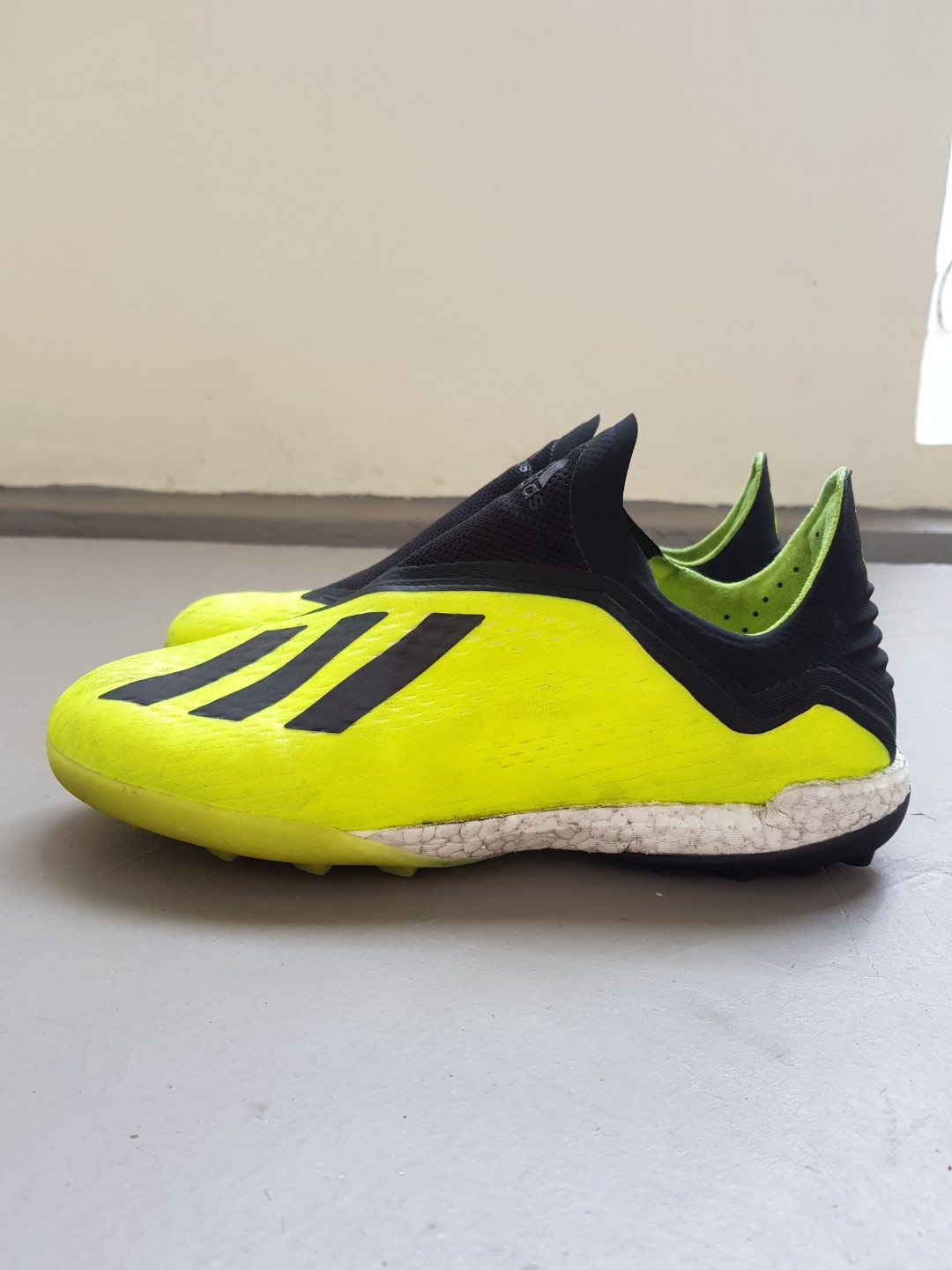 low priced 4ffdb 4ca69 Adidas X Tango 18+ Turf Boots, Sports, Sports Apparel on Car