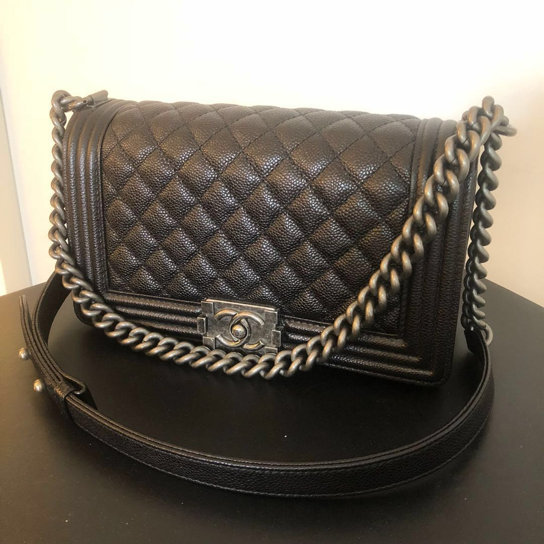 a12a74a429c4 Chanel Boy, Luxury, Bags & Wallets, Handbags on Carousell