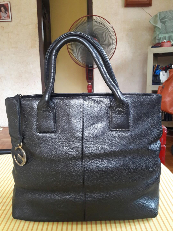 bd60fe7ecfd ECRU Genuine Leather Black Tote Bag, Women s Fashion, Bags   Wallets on  Carousell