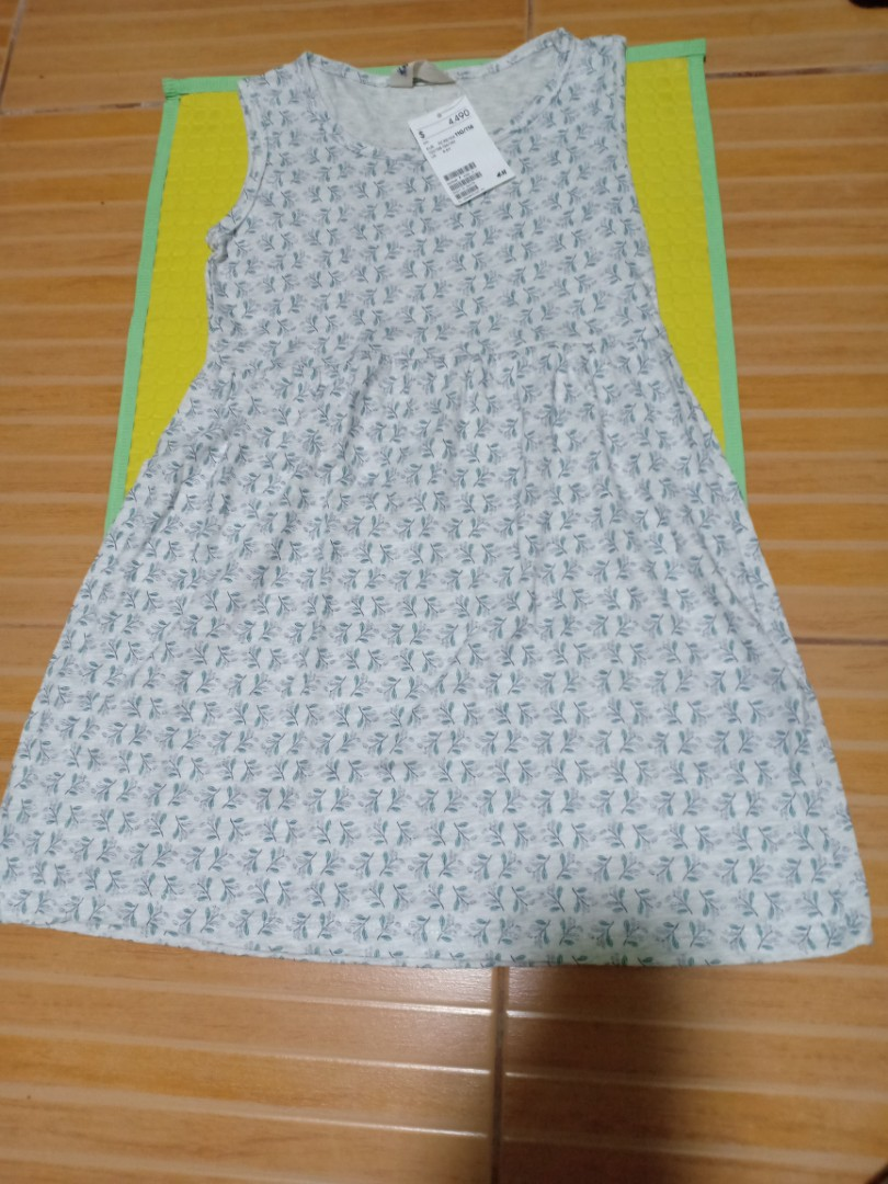 992ec6efd2892 H&M dress, Babies & Kids, Girls' Apparel, 4 to 7 Years on Carousell