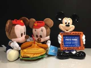 Disney Mickey Mouse and Minnie 毛公仔 + 相架