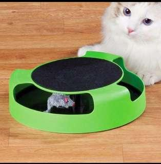 """Cat """"catch the mouse"""" interactive toy"""