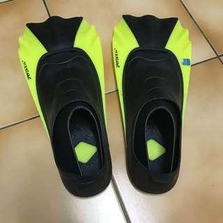 🚚 男生潛水鞋 #十月半價特賣