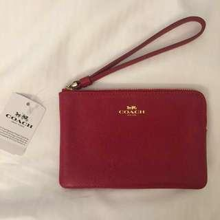 BRAND NEW COACH WRISTLET IN CROSSGRAIN LEATHER (RED)