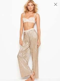 Victoria's Secret Shine Pleat Pant in Gold Size S - Brand New With Tags
