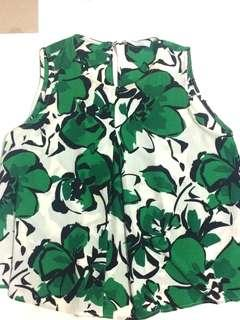 Mango top floral green and white