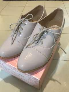 🈹Korea collection⛸女裝淺灰色漆皮鞋
