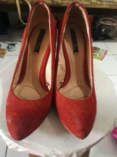 Zara wedges merah