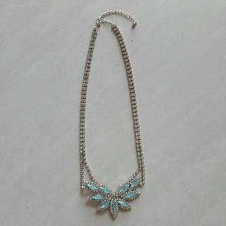 Light Green Necklace with Bling #my1010