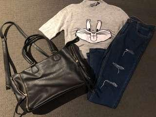 👍F21 bunny crop top with ripped jeans (set)