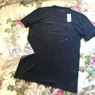 Abercrombie & Fitch top size M