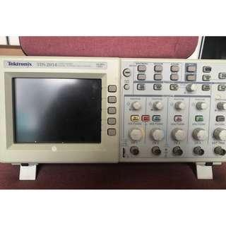 Tektronix TDS 2014 Four Channel Digital Storage Oscilloscope 100 MHz 1Gs/s (faulty)