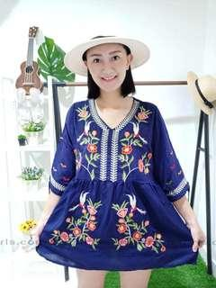 NEW Embrodery floral Top