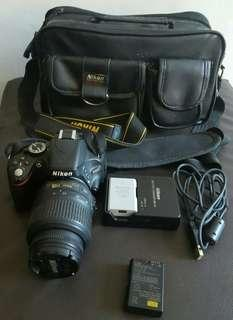 Nikon D5100 Camera with Nikon Leather Bag,Extra Battery