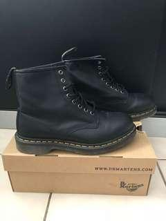 Dr martens booth 1460