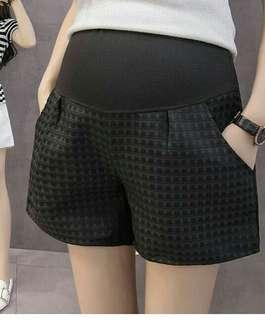 Pregnant black Short pants. celana Hamil