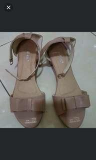 Pink heels tahu
