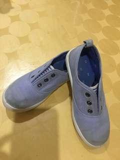 H&M shoes 6yo