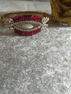 Crystal Red and Whitw Bangle