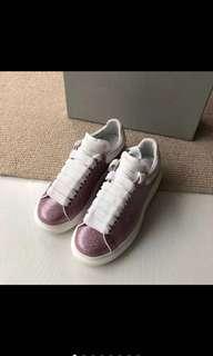MQ shoes