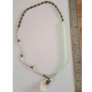 🚚 New: Silver necklace with various shapes and beads in stone and glass