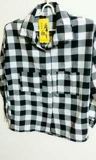 🚚 💟 黑白格襯衫