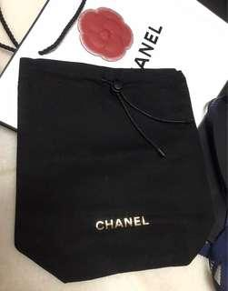 Sold out : Chanel drawstring pouch