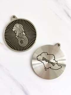 Vintage Retro Singapore Merlion Pewter medallion souvenir