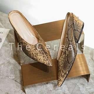 TC3033 Korea Snake Skin Mules